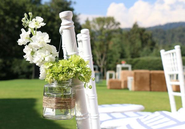 Decoracion jardin con cesped artificial