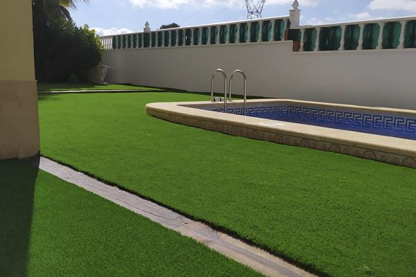 Instalación Césped Artificial Garden Grass