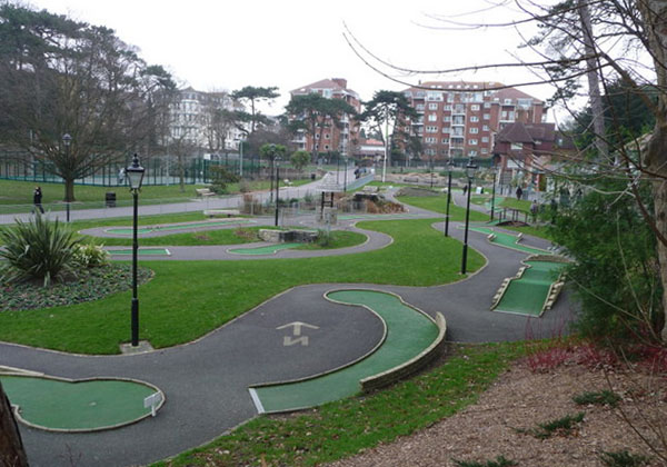Minigolf Artificial
