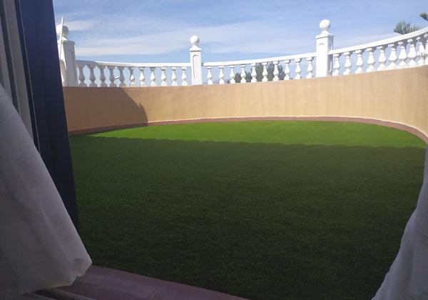 Terraza con Césped en Los Alcazares